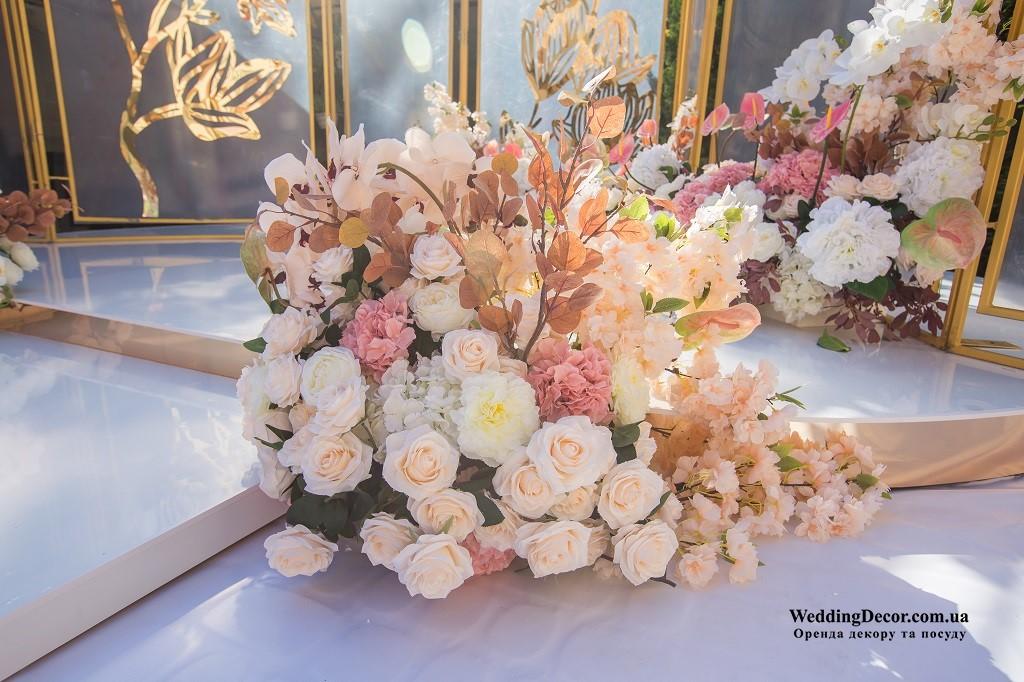 Оренда весільного декору