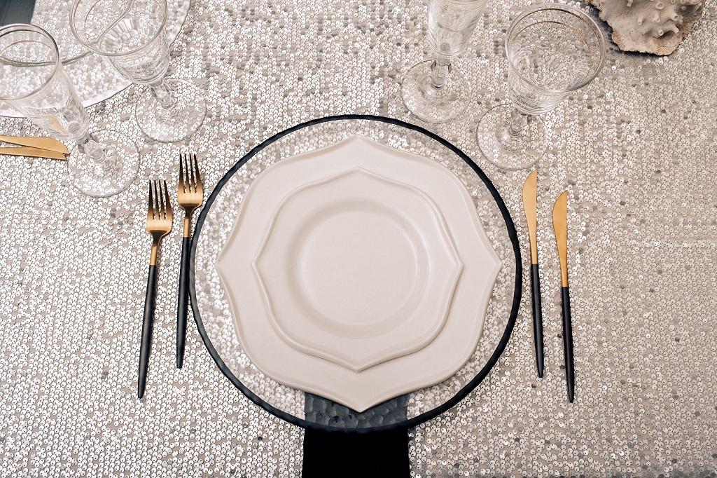 Сервіровка столів на весілля